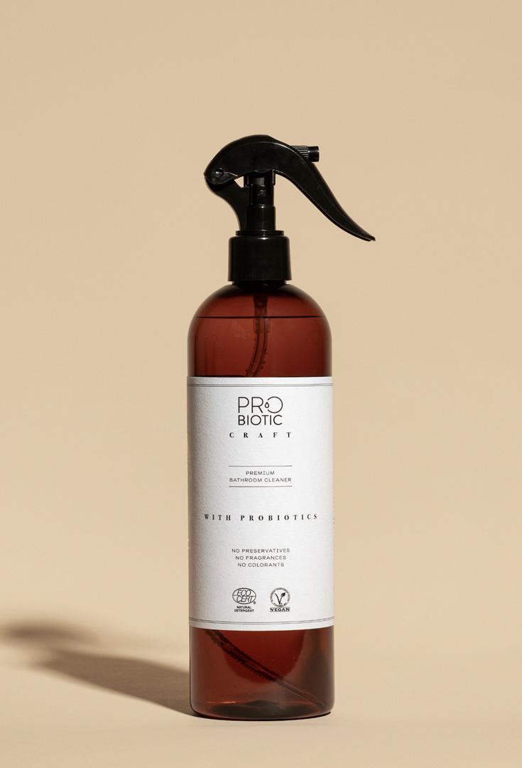 Bathroom cleaner with probiotics